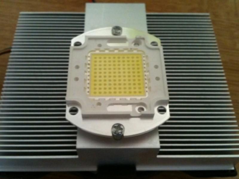 Fixation LED